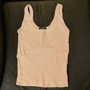 Ribbed henly tank